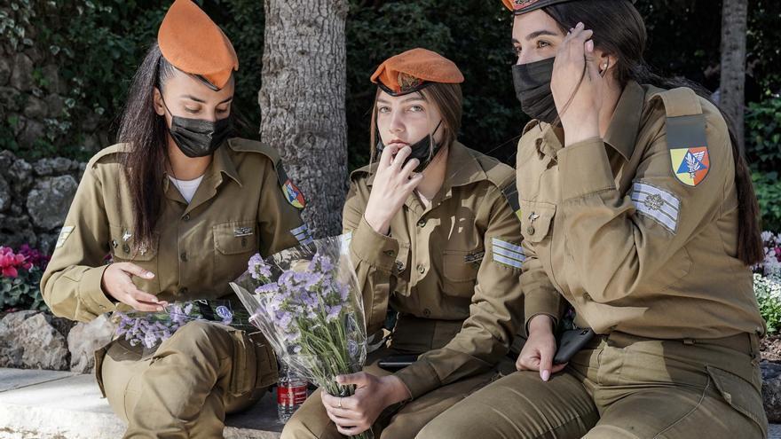 Un ministro de Israel admite que descartó denuncias de abusos sexuales
