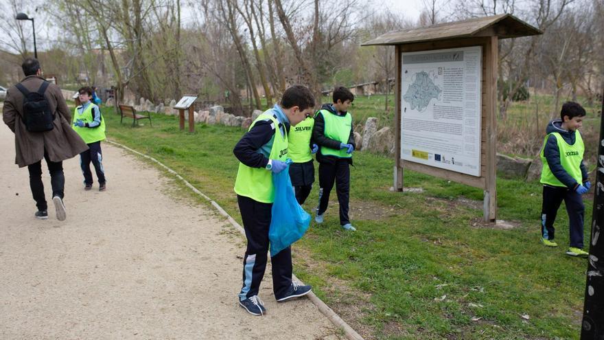 Batida de limpieza en el río Duero por el Día Mundial de los Océanos abierta a los zamoranos