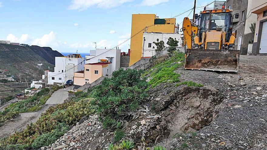 Vecinos de Ladera Alta reclaman la urbanización de sus calles