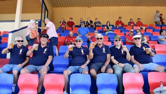 Pasión británica por el equipo rojillo de Lanzarot