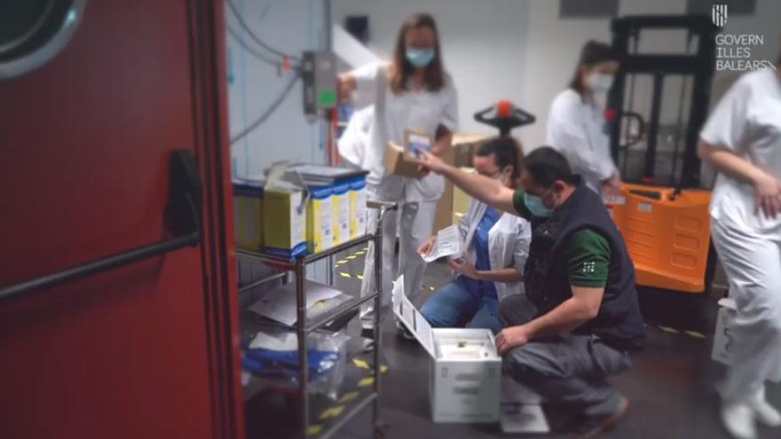 Llega una nueva partida de vacunas de Moderna a Mallorca