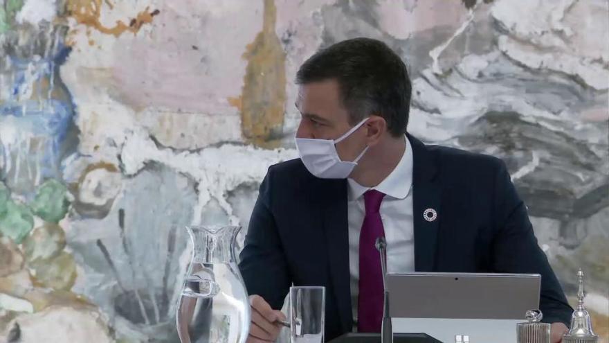 El CIS dispara al PSOE, que aumenta su distancia con el PP a 13 puntos