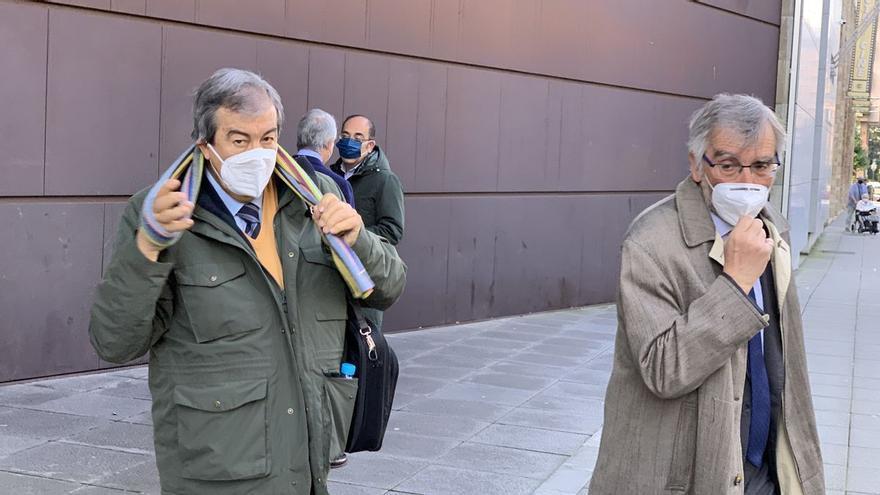 La Fiscalía ve indicios de que Cascos cargó 5.500 euros de gastos personales a su partido, Foro Asturias