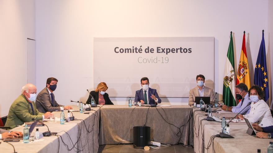 El comité de expertos revisa este martes las restricciones por covid con la incidencia a la baja