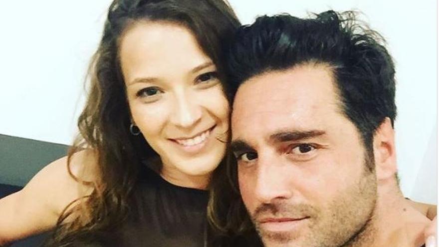 """Yana Olina celebra su cumpleaños con David Bustamante, """"su persona favorita"""""""