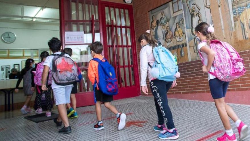 Los 8.000 purificadores con filtros llegarán a los centros educativos valencianos a partir del lunes