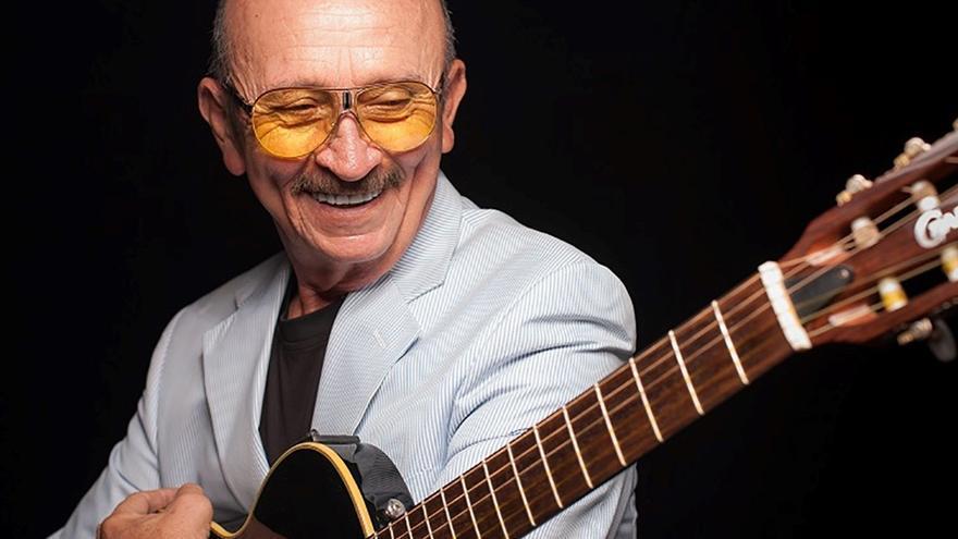 Muere el cantautor mexicano Sergio Esquivel