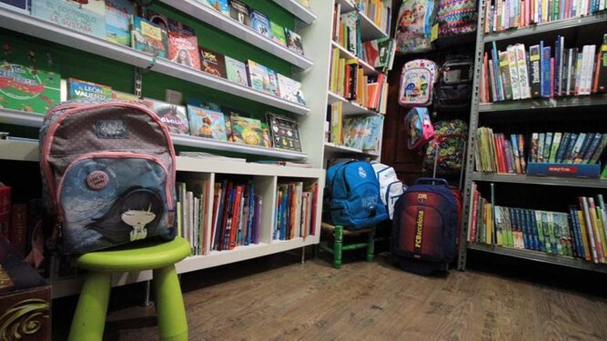 Los centros educativos se implican en la Feria del Libro de Lucena