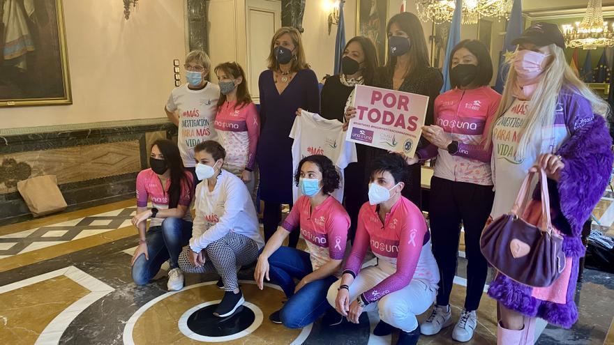 De la Catedral a Santiago, pedales contra el cáncer de mama metastásico