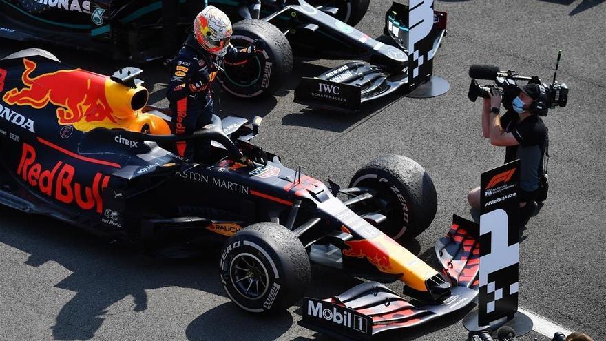 Verstappen, victoria para el más duro