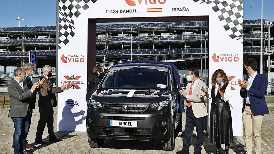 La francesa Dangel arranca en Bouzas la producción de sus 4x4 con furgonetas de PSA