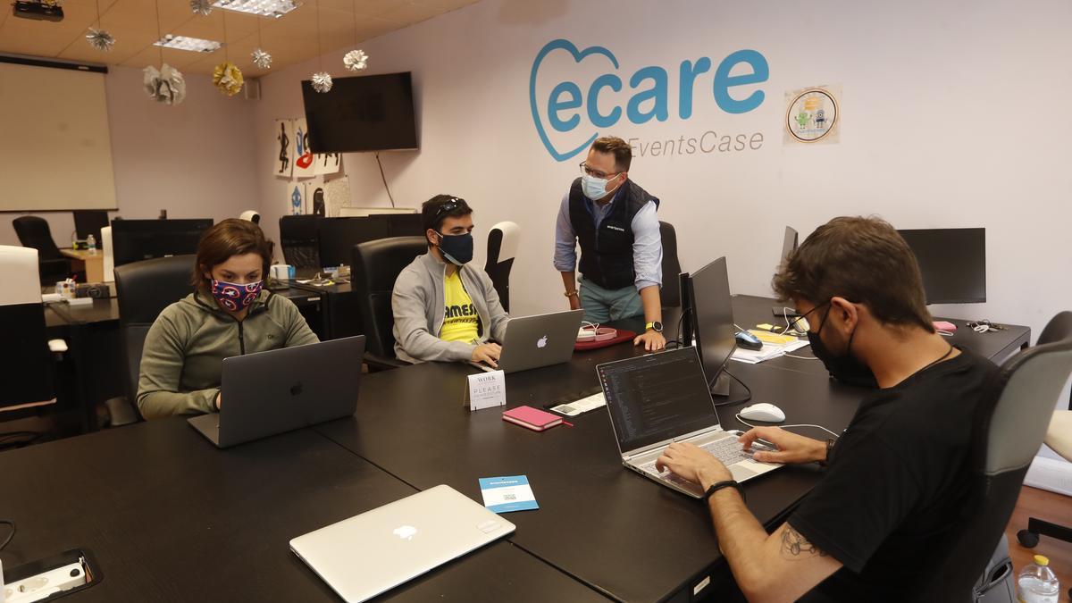 Trabajadores de Eventscase, firma especializada en la gestión de eventos en todo el mundo.