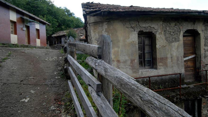 La pandemia agudiza la crisis demográfica asturiana, que vive su peor inicio de año