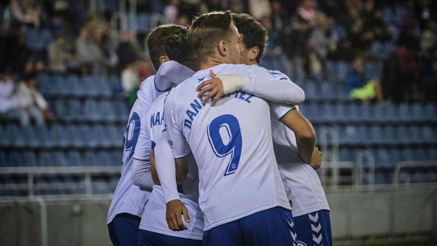 El drama del CD Tenerife-Zaragoza está en los banquillos