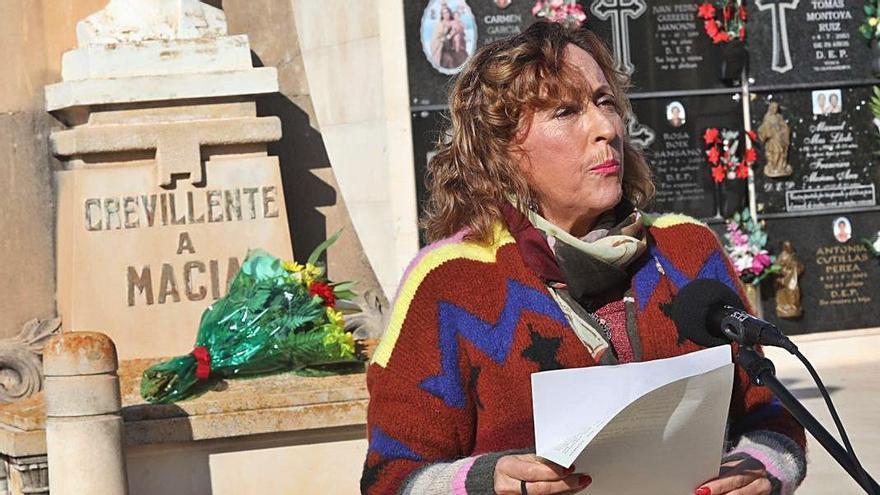 Crevillent recuerda a sus poetas desaparecidos