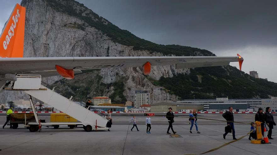 easyJet deja en tierra toda su flota de aviones