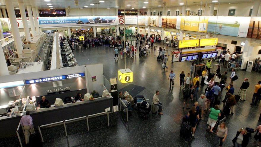 Una valenciana, retenida en un centro de extranjeros de Londres por la falta de un documento