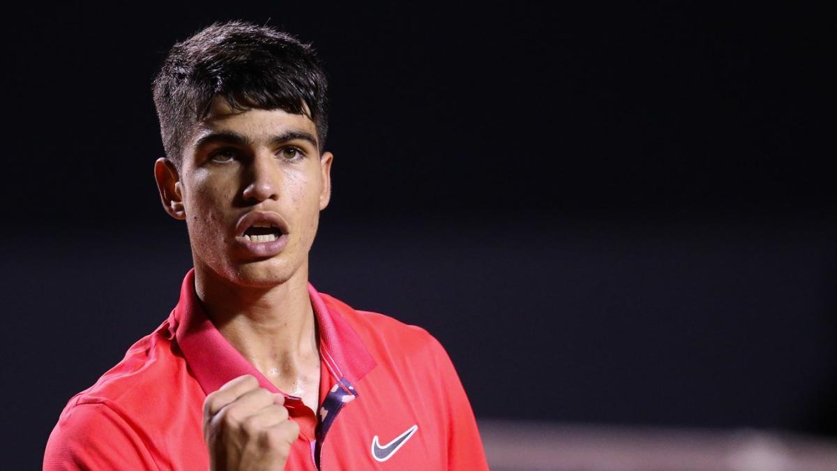 Carlos Alcaraz se clasifica para las semifinales en Villena