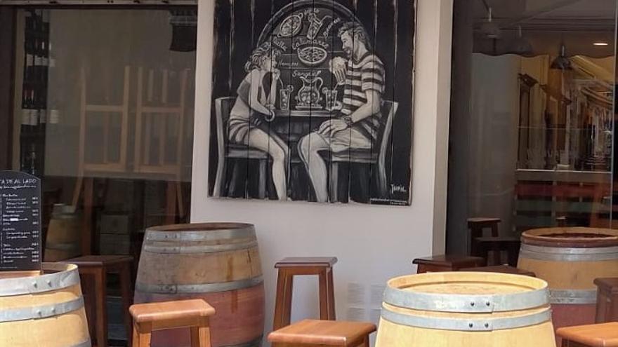 L'art mural de Diana Taubin transforma  més racons de Roses
