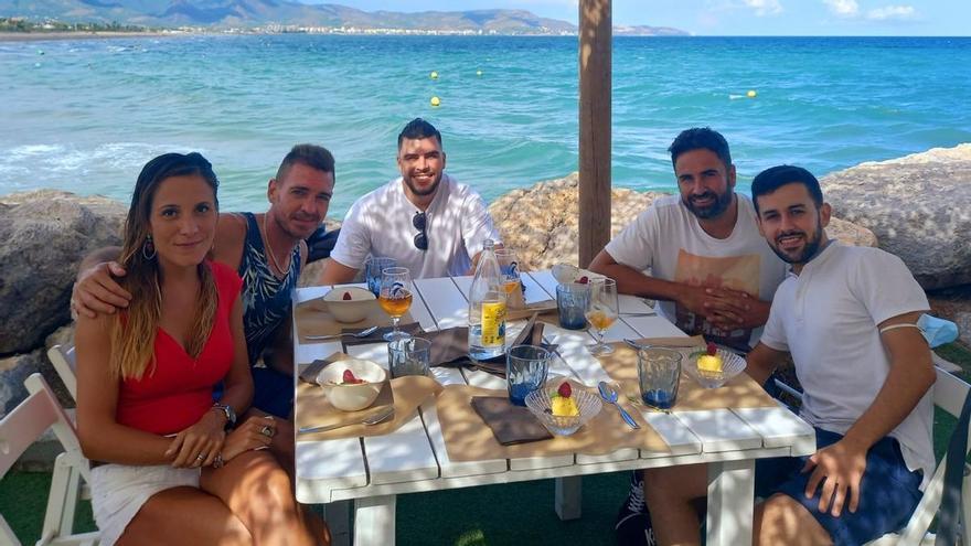 Los clientes de un restaurante se tiran al mar para salvar a dos niños en Castelló