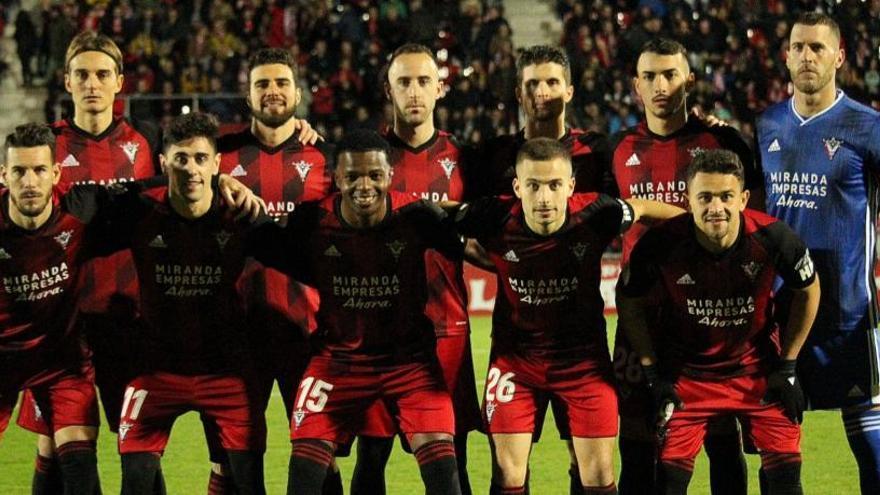 Horario y dónde ver el Mirandés-Villarreal de la Copa del Rey