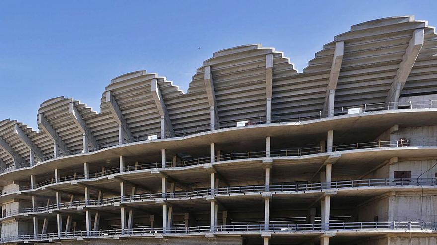 Los socios del Botànic pactan tomar una decisión conjunta sobre la ATE de Mestalla