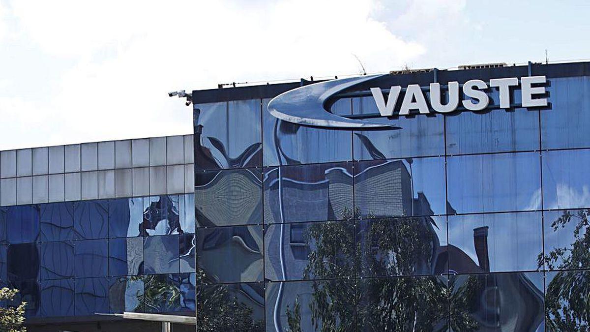 La sede de la factoría de Vauste, en el alto de Pumarín.