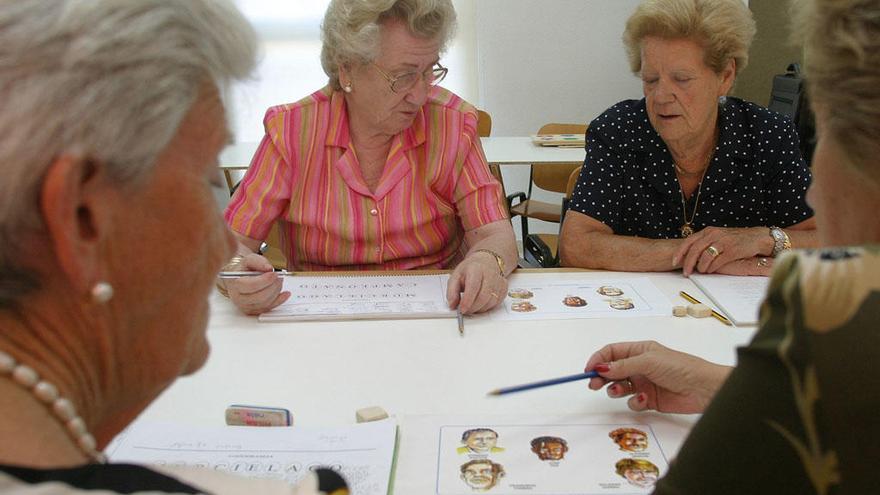 Más de 8.000 mayores participan en los talleres de memoria en 10 años