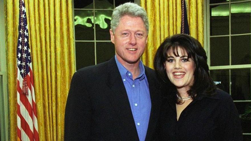 """Bill Clinton dice que su relación con Lewinski """"fue para gestionar la ansiedad"""""""