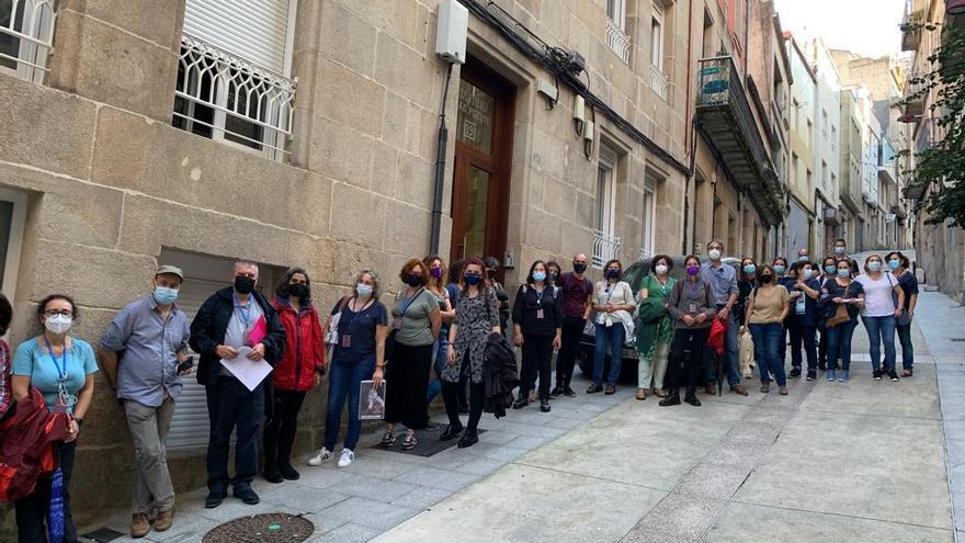Tras los pasos de Xela Arias en Vigo: ocho horas de poesía