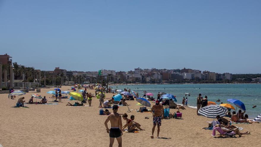 Los hoteleros de Playa de Palma prevén una ocupación del 43% en agosto