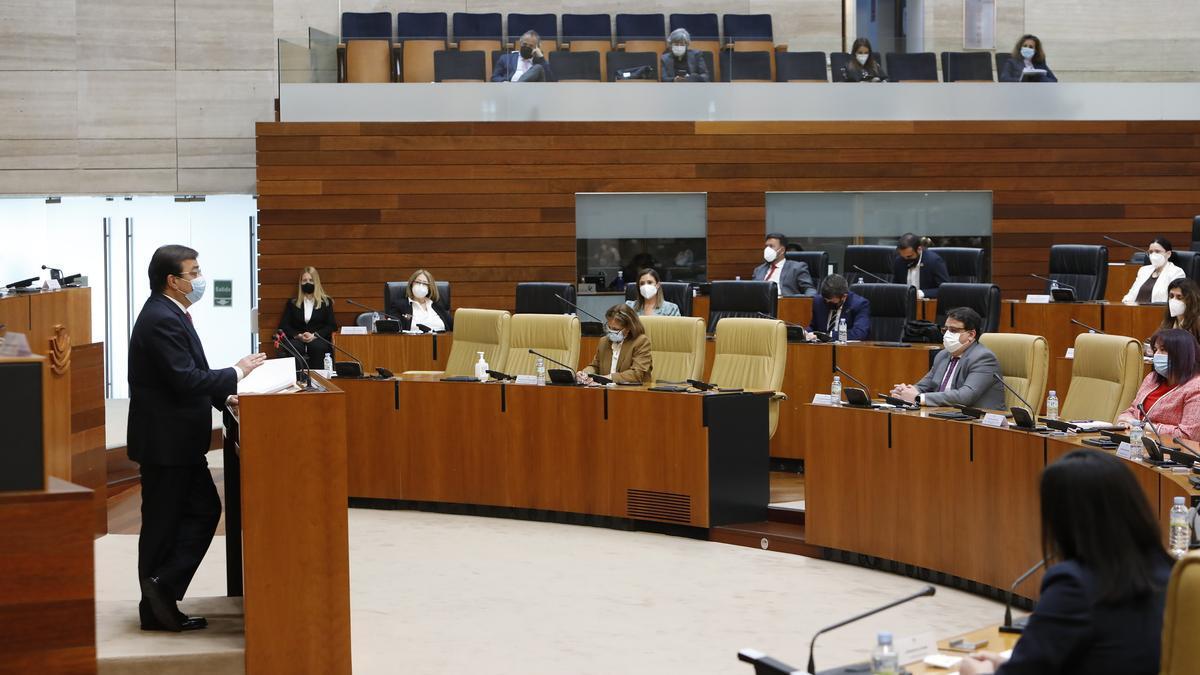 El presidente de la Junta durante su intervención en la Asamblea.