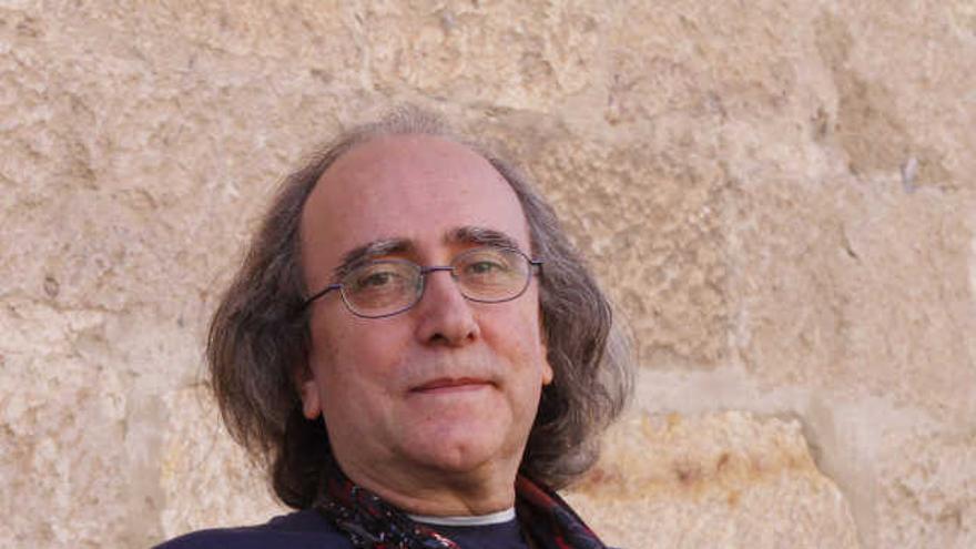 El músico Paco Fernández.