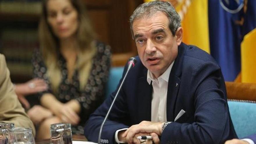 El nuevo administrador único de RTVC, Francisco Moreno, comparece en comisión parlamentaria