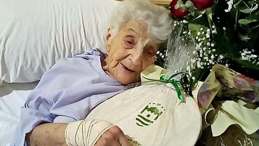 Dona centenària en Ador