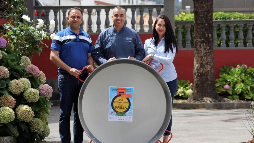 Paella solidaria con los afectados por el incendio en Moya