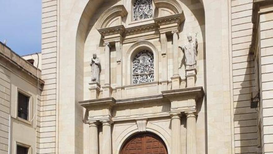La Policía Local, en las sedes y templos de las hermandades del Lunes Santo