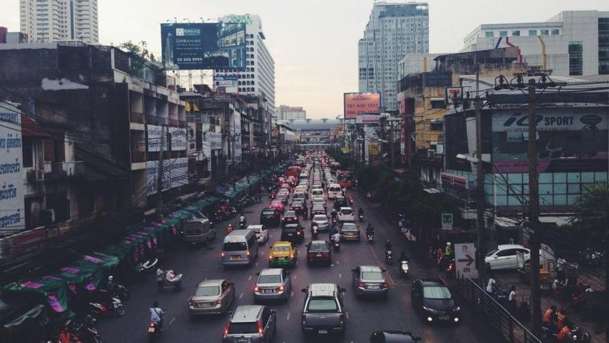 """Semáforos """"anti-ruidos"""": cuánto más pites, más tiempo estarás parado"""