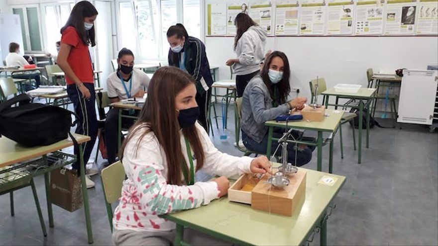 El Instituto de Ingeniería del Agua y Medio Ambiente de la Politécnica de València premia a un colegio de Villena