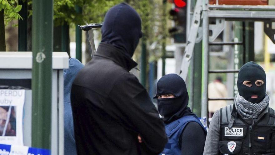 Detenidos en Bélgica dos menores sospechosos de planear un atentado yihadista
