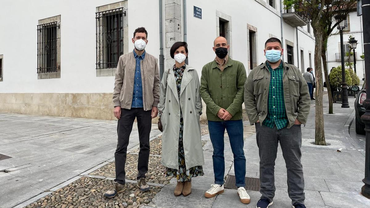 De izquierda a derecha, Diego Busto, Jennifer Castro, Alberto Morán y Jesús Gálvez