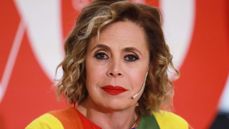 Ágatha Ruiz de la Prada pide perdón a Pedro J. Ramírez
