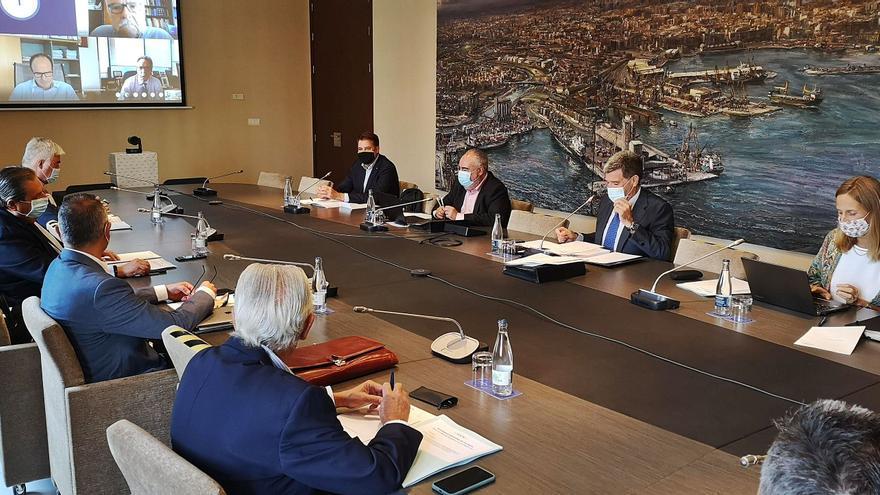 Valenciaport retrasa cuatro meses el plazo para adjudicar la nueva terminal a MSC