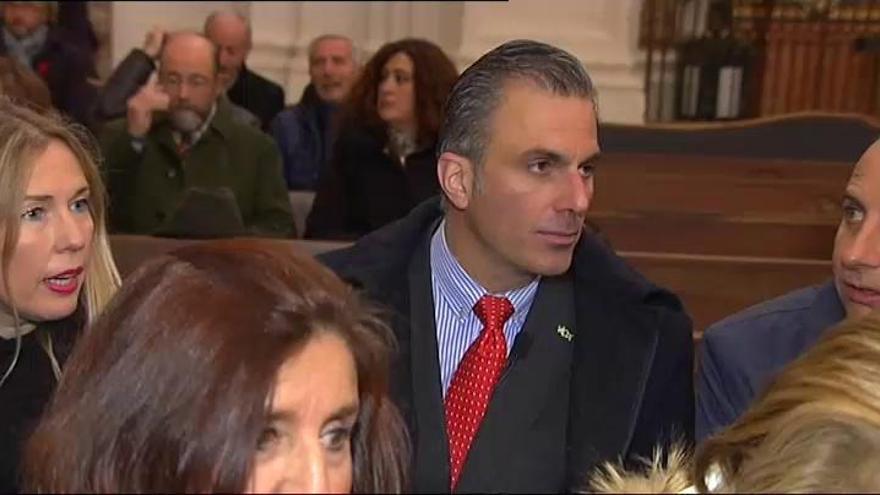 """Abascal eleva la presión a PP y Cs y dice que Vox no votará a quienes les """"desprecian"""""""