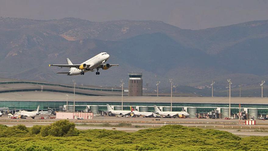 Aena manté el projecte de ciutat aeroportuària al Prat després de descartar l'ampliació