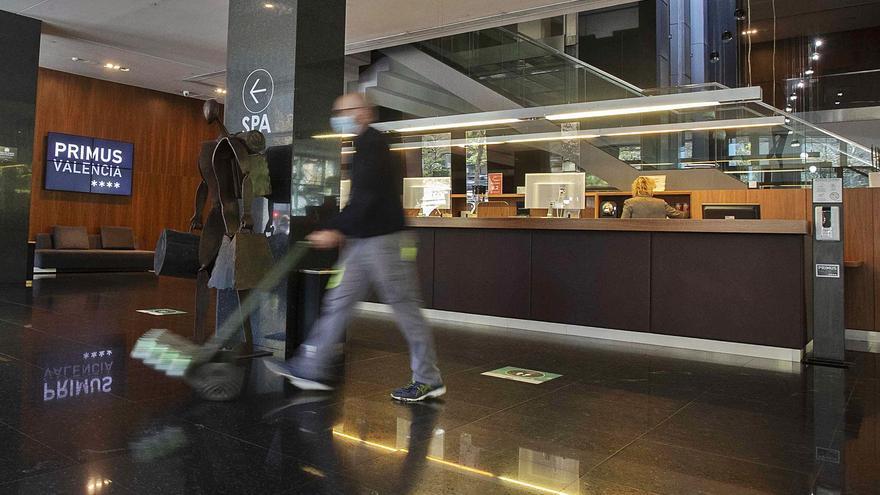 Un hotel de València reclama al Gobierno 3,8 millones por las restricciones para viajar