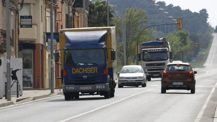 Trànsit recupera les restriccions a la circulació de camions a l'N-II