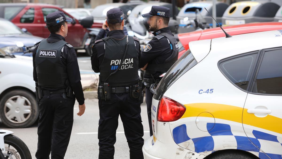 Policía Local de Ibiza. VM