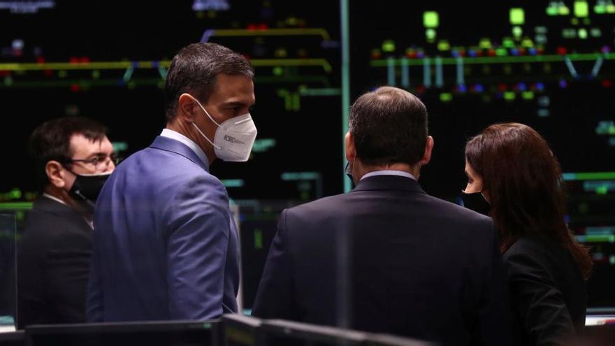Sánchez evalúa con Adif la situación de la red ferroviaria tras el temporal