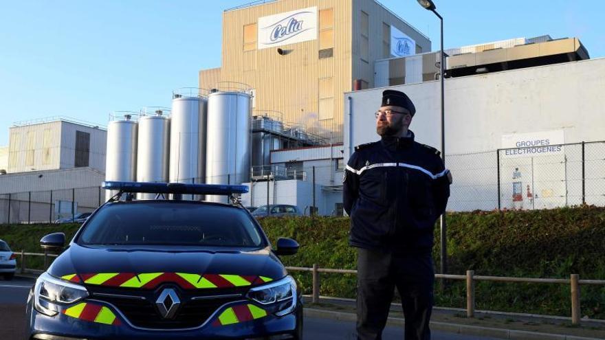 La Policía registra una fábrica de Lactalis en Francia